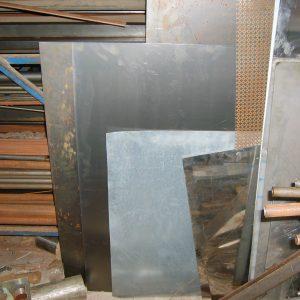BLACK STEEL PLATE